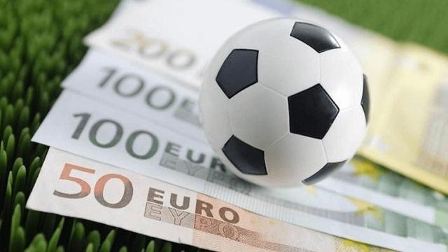 các tệ nạn xã hội liên quan đến cá cược bóng đá